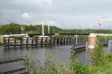 Fietsersbrug over Aduaderdiep
